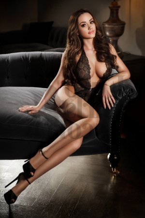 Imogen erotic massage & live escort