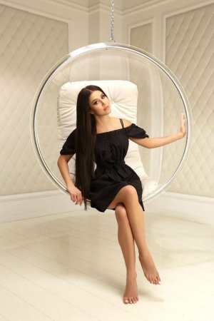 Memouna massage parlor & escorts